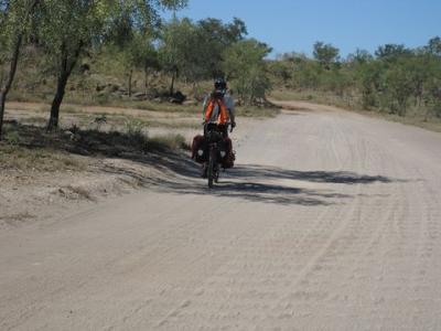 Cycling to the Bungles (not us)