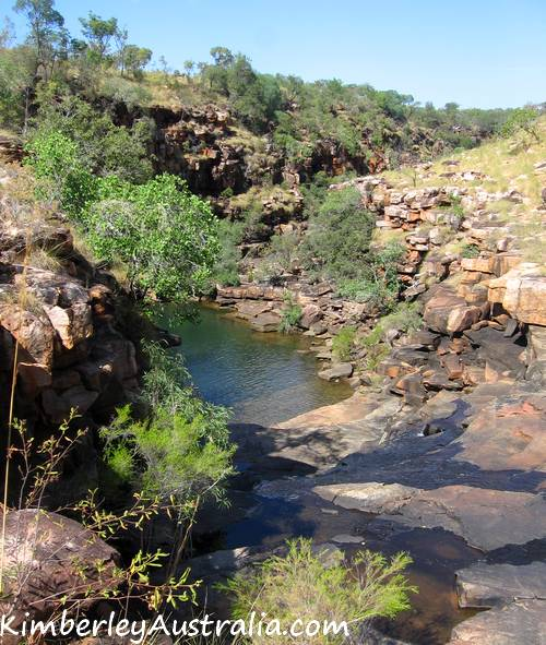 Approaching Grevillea Gorge from the top