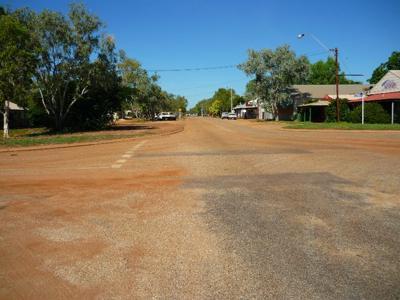 Main Street Loch Street?