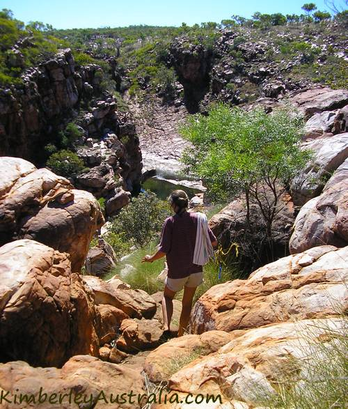Climbing down towards Bell Gorge