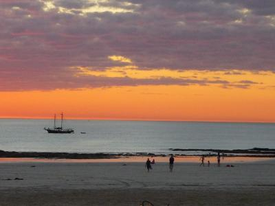 Lone lugger at sunset, Cable Beach
