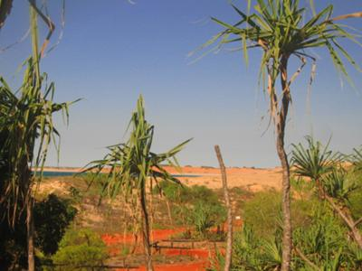 Looking thru to Cape Leveque